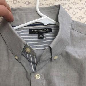 Banana Republic tailored slim shirt size M